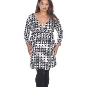 Plus Size Black/White Long Sleeve Midi Dress PS829